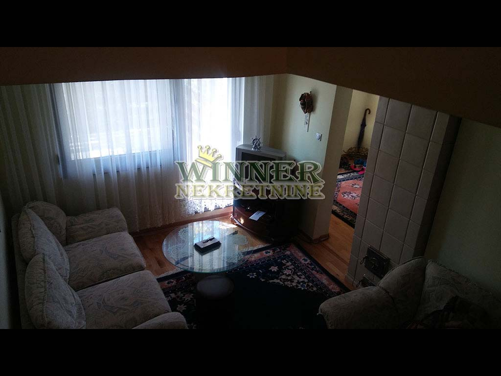 Prodaja kuca Avala, Kragujevacki put, uknjizena, veoma kvalitetna gradnja, agencija za promet nekretnine, ponuda, provizija, ponuda, winner nekretnine