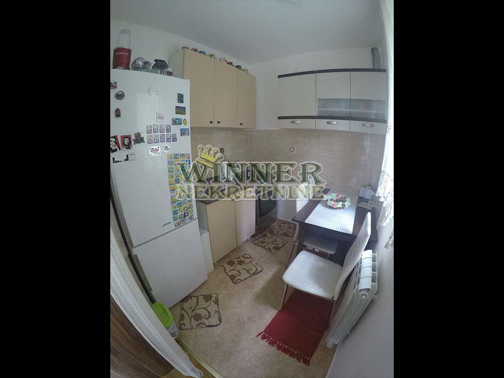 . Izdavanje Stan Altina Zemun winner nekretnine agencija promet poslovni prostor uknjizen useljiv cena etazno grejanje novogradnja