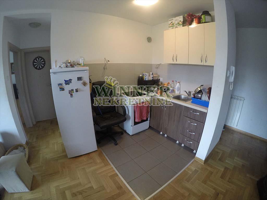 Stan Novogradnja Zemun Novi grad prodaja stanova uknjizeno useljivo agencija za promet nekretnina winner provizija promet