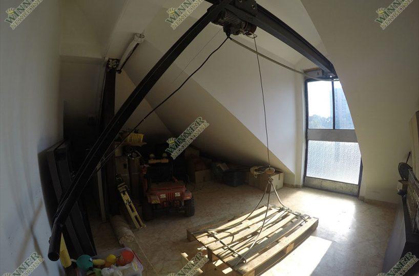 Prodaja Kuca Zemun Meandri, vertikala, uknjizeno, 4 etaze, renovirana, lux, garaza, terasa, parking, dvoriste, etazno grejanje winner nekretnine