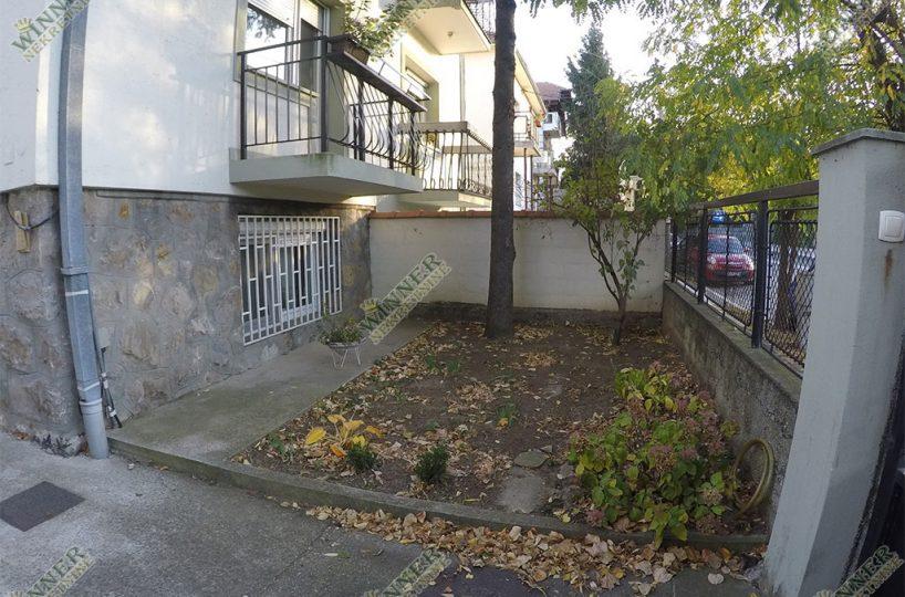 Prodaja Kuca Vertikala Zemun, naselje Meandri, 166m2, 4 etaze, garaza, ostava, 3 terase, dvoriste, parking, uknjizeno, Etazno grejanje