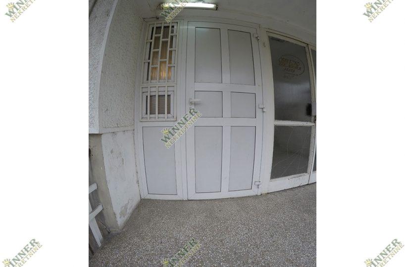 Prodaja Poslovni Prostor Zemun, Sava Kovacevic, ulica Prvomajska, kompletno renoviran, pvc stolarija, uknjizen, agencija winner