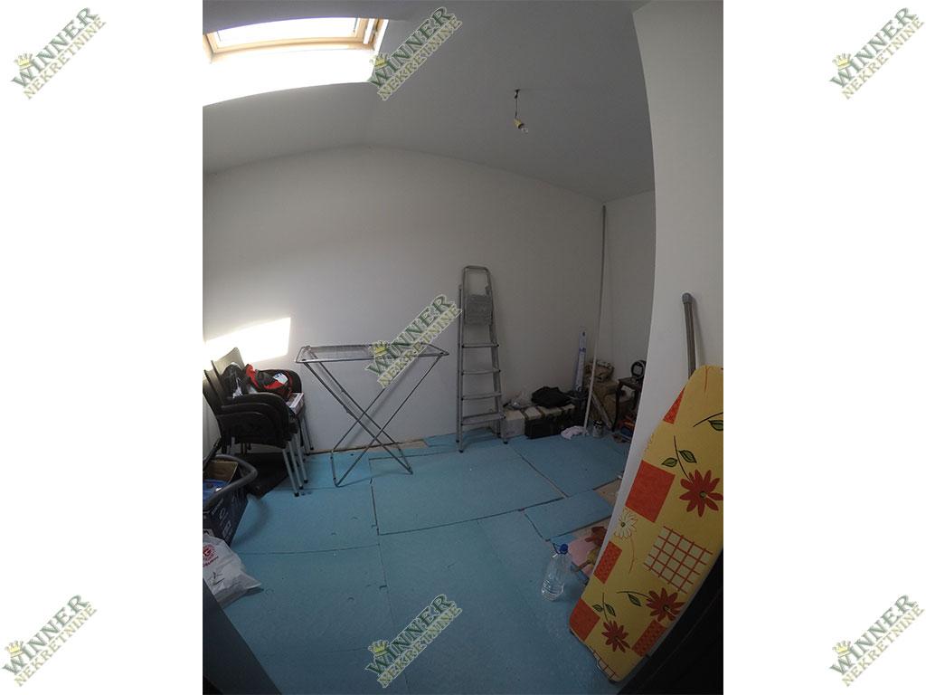 Zemun Centar Cetinjska duplex, prodaja stana, renoviran, 67m2, 2.5, grejanje norveski radijatori, uknjizeno agencija za promet nekretnina winner stara grad