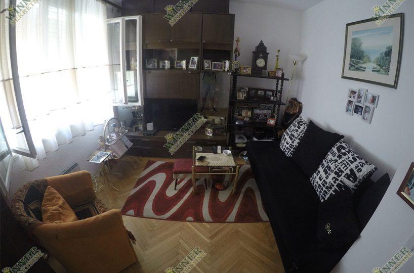 Prodaja Stan Meandri Zadrugarska Zemun, uknjizeno, useljivo, renovirano agencija promet winner nekretnine dvosoban jednoiposoban stara gradnj